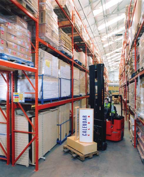 Redirack Double Deep Pallet Racking systems stores 2 pallets or 4 pallets deep