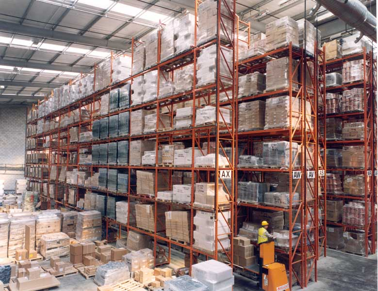 Selden utilise Redirack Very Narrow Aisle Pallet Racking