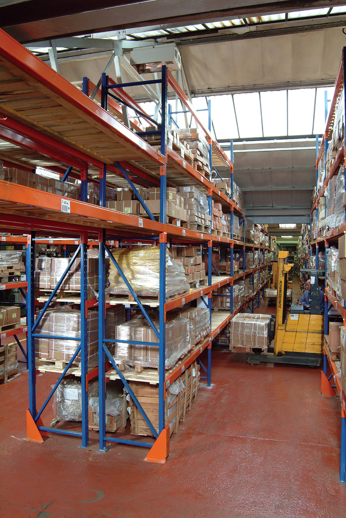 Redirack Heavy Duty Pallet Racks manufactured in the UK