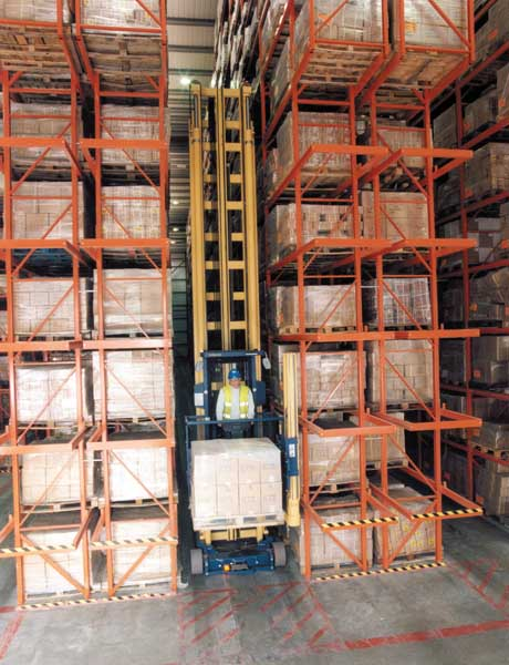 Very Narrow Aisle Racking ensures maximum space utilistation