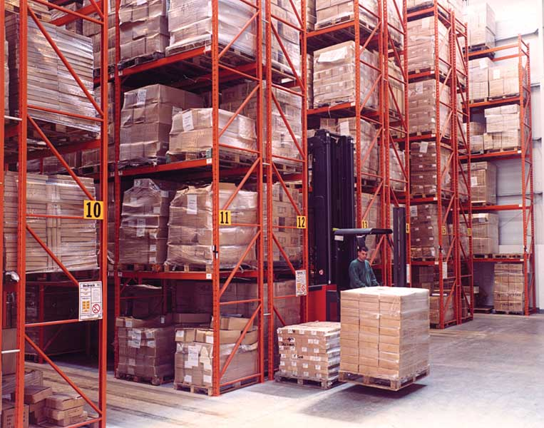 Redirack Narrow Aisle Racking High Bay Storage with Specialist Trucks