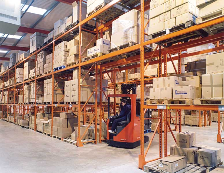 Redirack supplies The Metaltex Company with Wide Aisle Pallet Racks