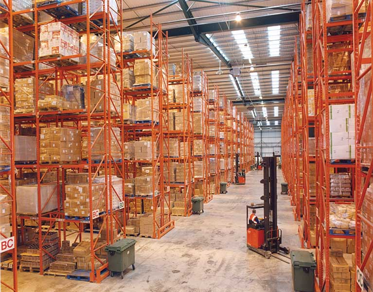 Redirack Wide Aisle Pallet Racks offer 100% selectivity to the Retail sectors storage