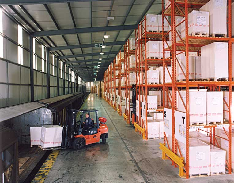 The Potter Group Double deep pallet racking
