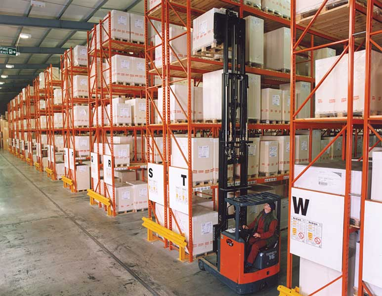 Industrial Pallet Racking solutions manufactured & installed in UK by Redirack