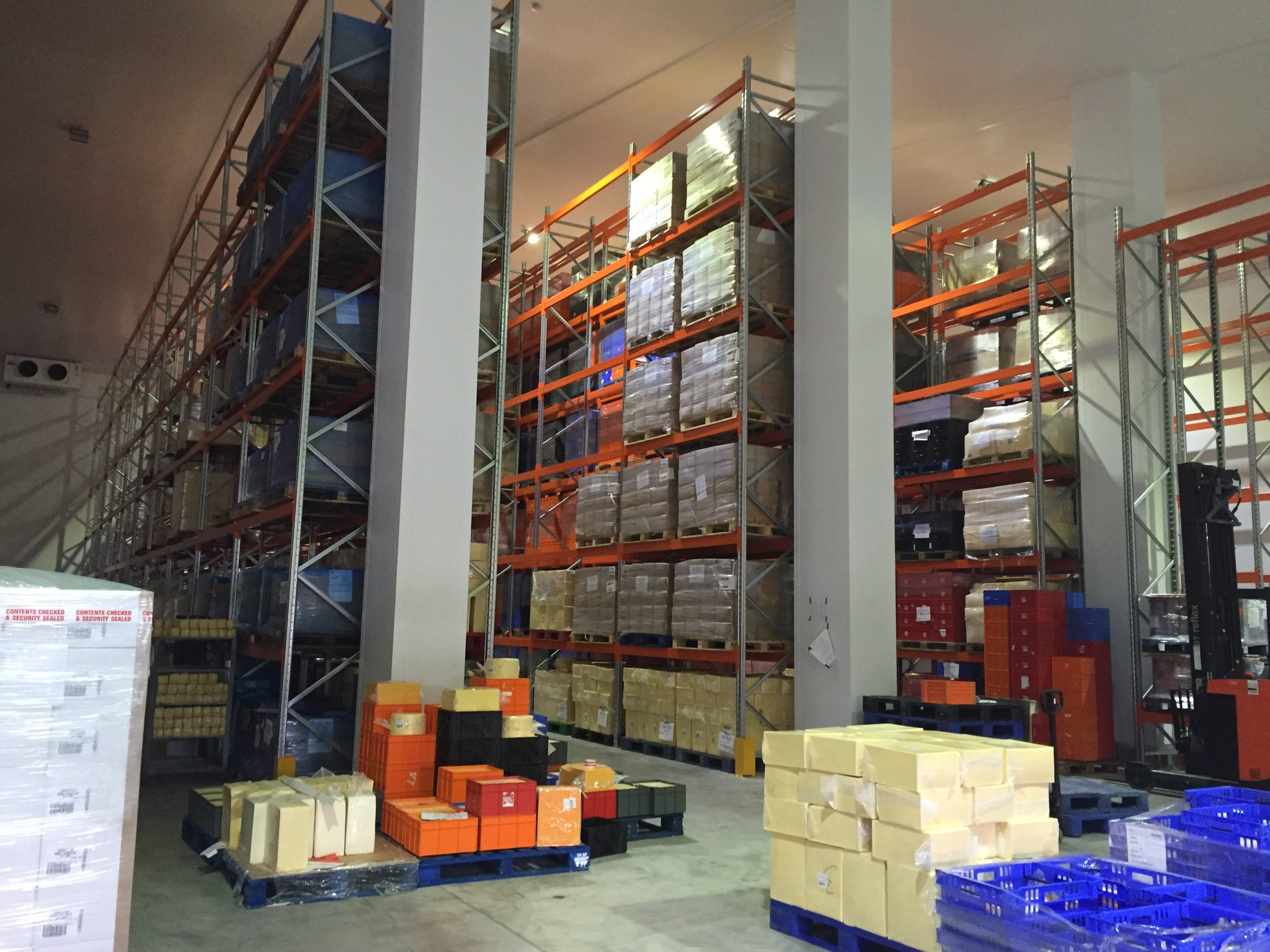 food and beverages racking